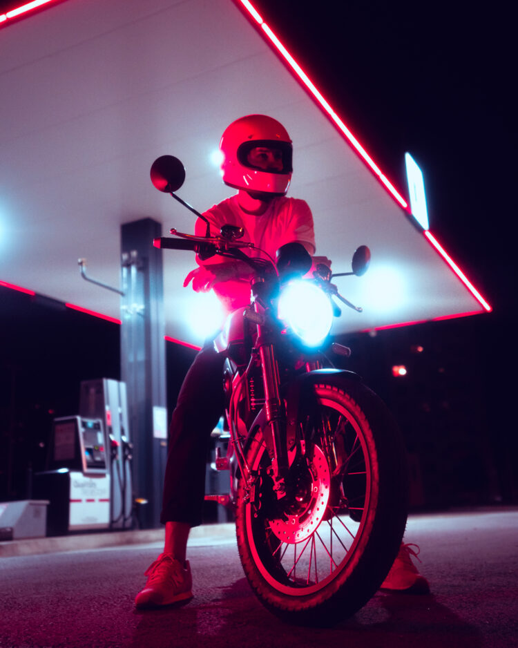 Super Soco Neon 5