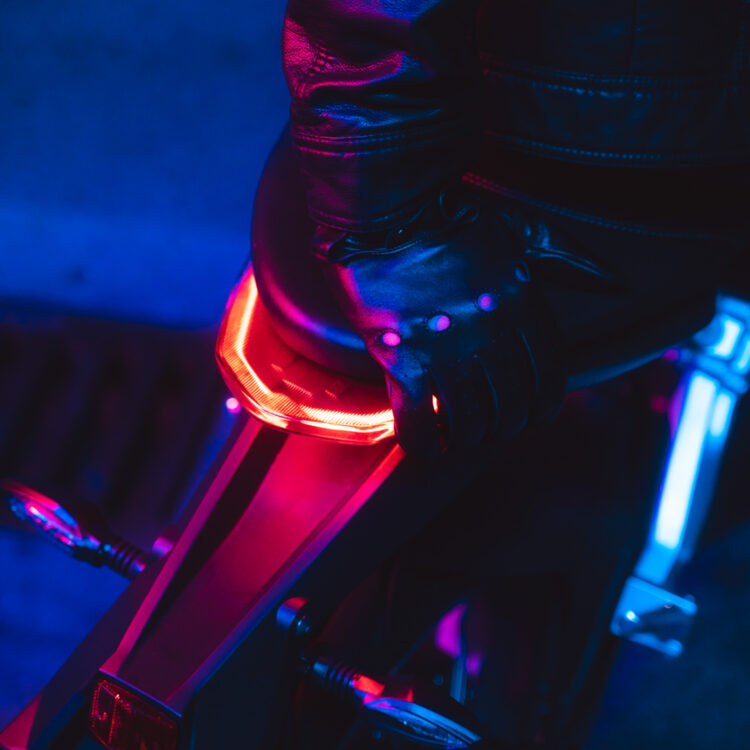 Super Soco Neon 8